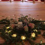 Rosen mit Kerze im FrauenRaum